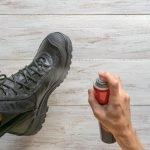 Schuhe richtig imprägnieren – So bauen Sie einen guten Nässeschutz auf